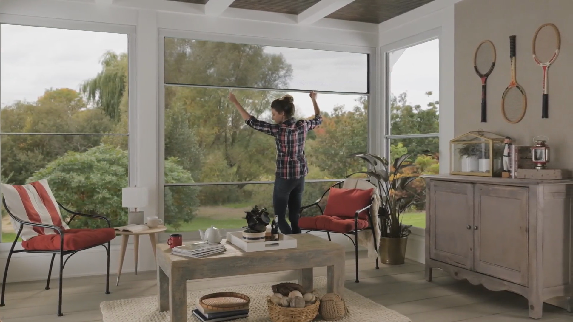 Scenix porch windows doorsmith proud canadian for Scenix porch windows